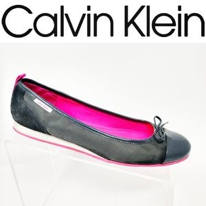 CALVIN KLEIN Gray Pink Patent Leather Cap Toe Flat
